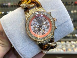 ساعة حريمي ماركة Michael kors