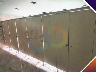 قواطيع حمامات كومباكت hpl – ابواب حمامات